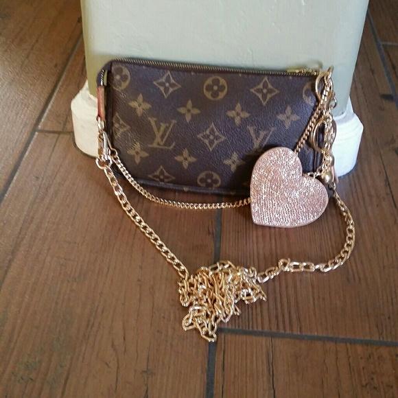 98583186957e Louis Vuitton Handbags - 🌹🍀AUTH Louis Vuitton MINI Pochette🍀🌹
